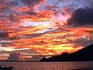 Amanecer, Maupiti, Islas de la Sociedad, Polinesia Francesa. Author and Copyright: Marco Ramerini