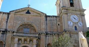 Malta: fortificaciones, restos prehistóricos y mar