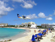 Maho Bay, San Martín (Sint Maarten). Author and Copyright Marco Ramerini