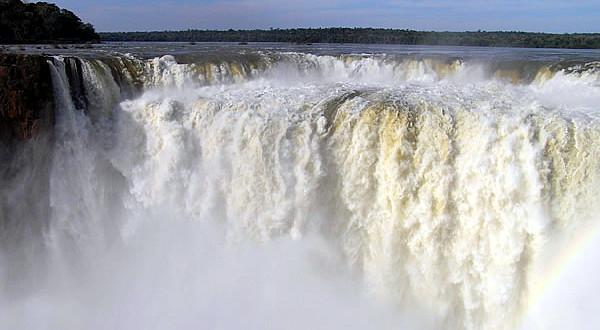Garganta del Diablo (visto desde Argentina), Cataratas del Iguazú, Argentina. Author and Copyright: Marco Ramerini