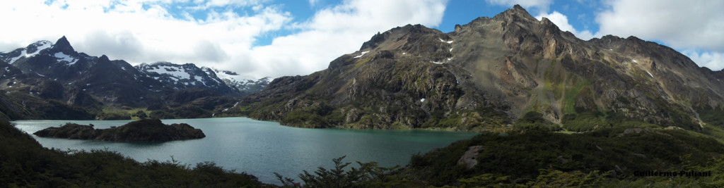 Lago Superior, Tierra del Fuego, Argentina. Autor y Copyright Guillermo Puliani