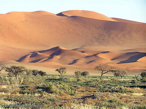 El desierto de Namib, Namibia. Autor y Copyright: Marco Ramerini