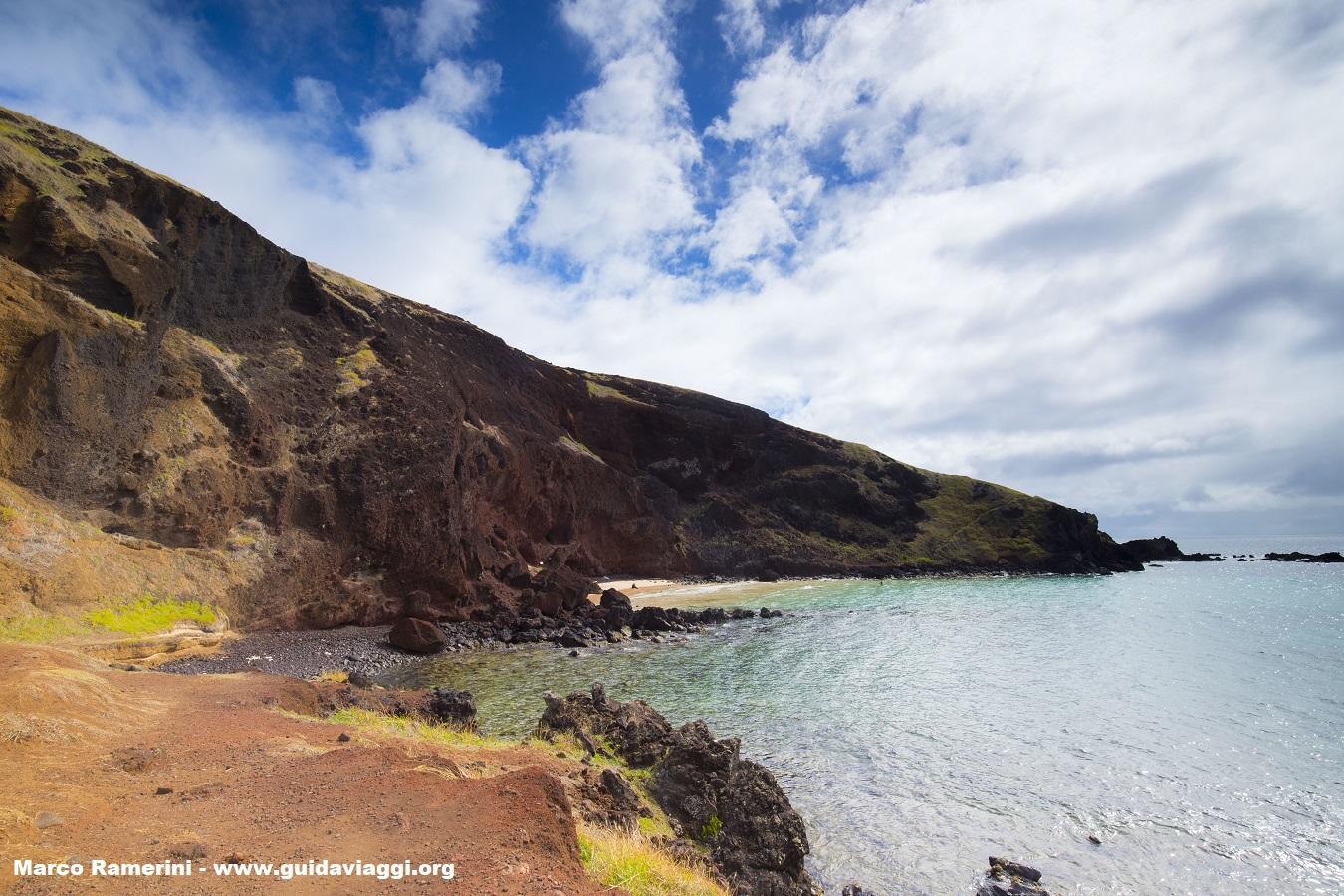 Ovahe, Isla de Pascua, Chile. Autor y Copyright Marco Ramerini