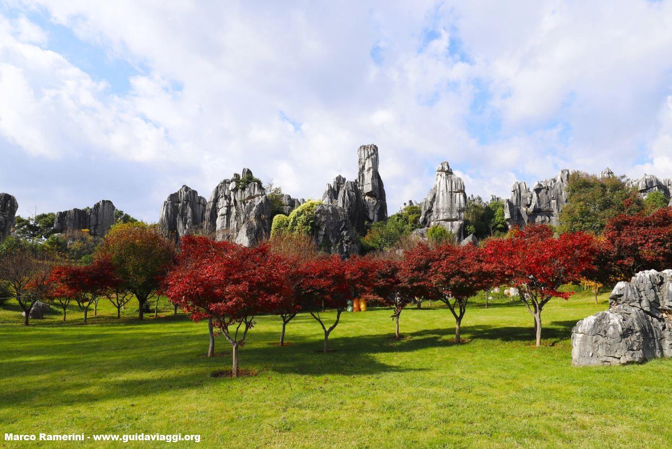 Bosque de piedra, Shilin, Yunnan, China. Autor y Copyright Marco Ramerini,