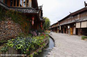 Lijiang, Yunnan, China. Autor y Copyright Marco Ramerini,,..