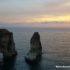 Puesta de sol en las rocas de la paloma, Beirut, Líbano. Autor y Copyright Marco Ramerini