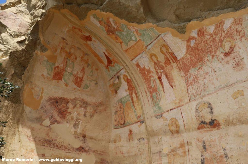 Frescos en las cuevas, Davit Gareja, Georgia. Autor y Copyright Marco Ramerini