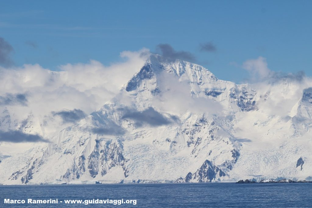 Isla Brabante, Archipiélago Palmer, Antártida. Autor y Copyright Marco Ramerini