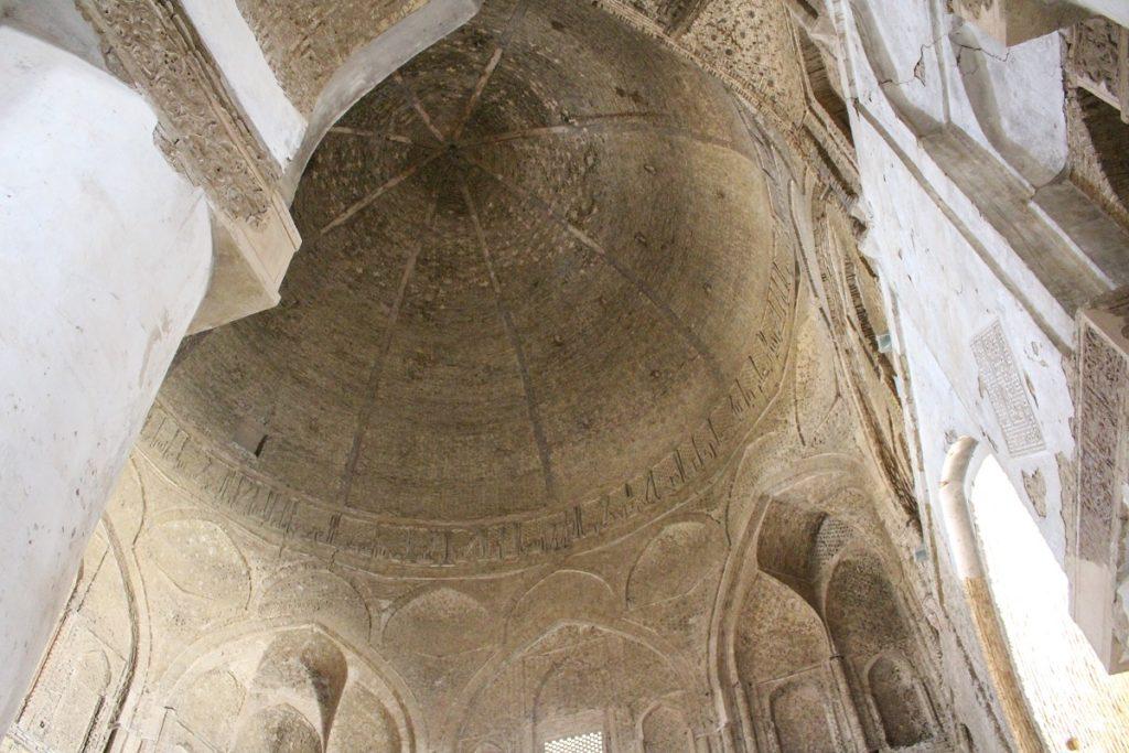 La cúpula de Nezam al-Molk, Mezquita del Viernes (Mezquita Jāmeh), Isfahán, Irán. Autor y Copyright Marco Ramerini