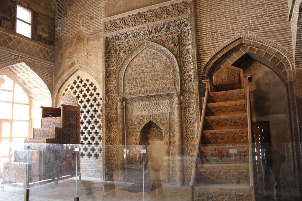 Mehrab Uljayto, Mezquita del Viernes (Mezquita Jāmeh), Isfahán, Irán. Autor y Copyright Marco Ramerini