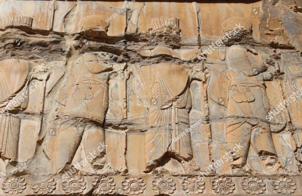 Persépolis, Irán. Un bajorrelieve de la Apadana. Ruinas de la capital ceremonial del imperio persa (imperio aqueménida). Autor y derechos de autor Marco Ramerini