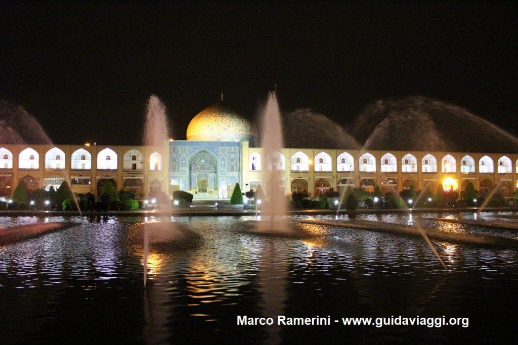 Plaza Naqsh-e jahān, Esfahan, Irán. Autor y Copyright Marco Ramerini,