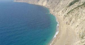 La playa de Platia Amos, Cefalonia, Islas Jónicas, Grecia. Autor y Copyright Niccolò di Lalla.