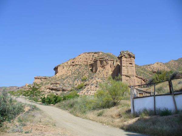 Paisaje cerca de Guadix, Andalucía, España. Autor y Copyright Liliana Ramerini