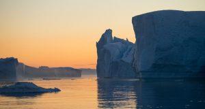 Icebergs en el Icefjord, Ilulissat, Groenlandia. Autor y Copyright Marco Ramerini